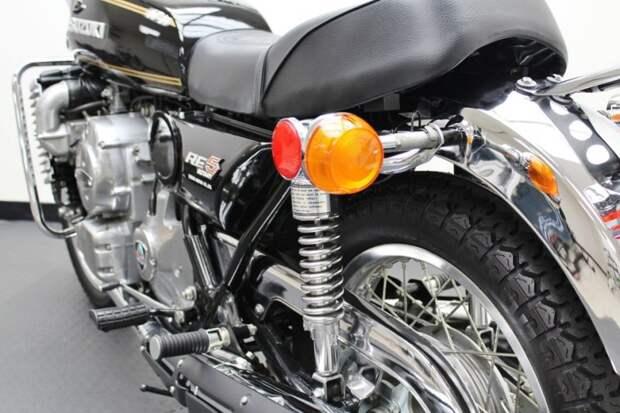 Много хрома: актуально для 70-х suzuki, мото, мотоцикл, рпд