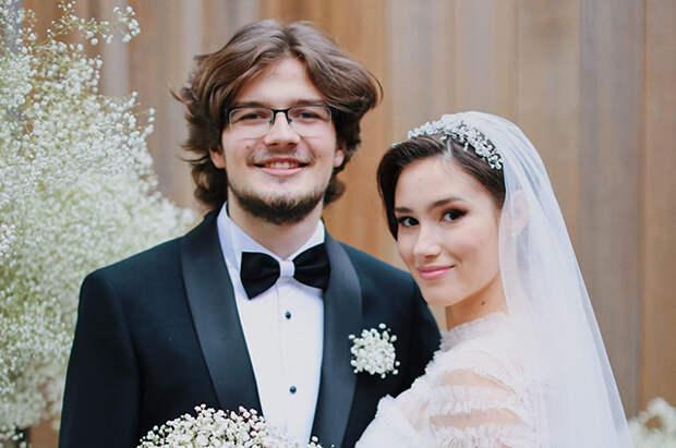 Дочь Бориса Немцова Дина развелась с мужем спустя год после свадьбы