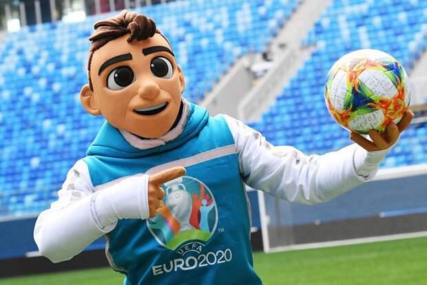 Артист дня на Евро-2020: Рюдигер попытался укусить Погба, а потом развёл руками. ВИДЕО