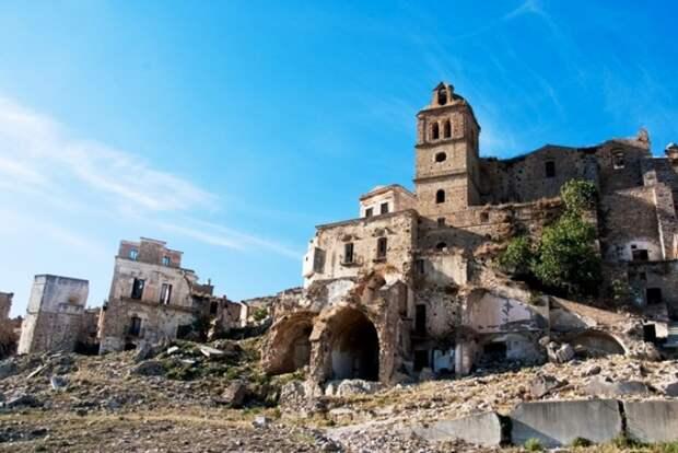 Более тысячи лет непрерывной истории. /Фото: livejournal.com