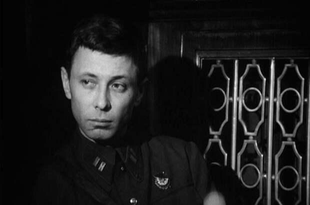 """Олег Даль в фильме «Вариант """"Омега""""», 1975 г."""