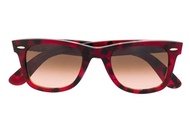Очки Ray-Ban, цена: 10 000 руб.