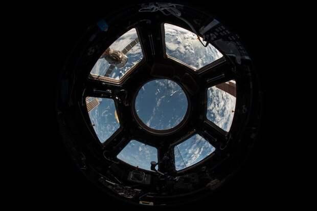 Космические туристы займут не более половины возможностей МКС