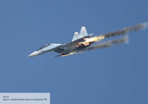 «Как русские его заметили?»: трюк Су-30СМ рядом с F-35 впечатлил иностранцев
