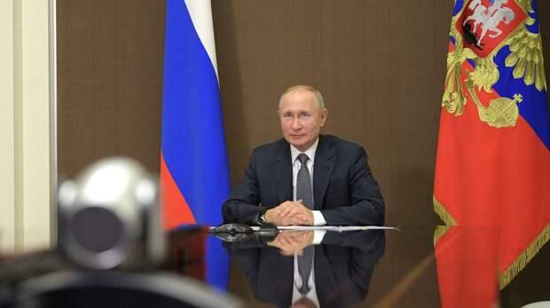 Президент РФ Владимир Путин во время встречи в режиме видеоконференции с президентом Молдавии Игорем Додоном - РИА Новости, 1920, 28.09.2020