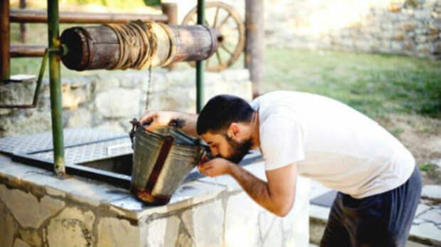 Нехитрые способы, как самостоятельно проверить качество воды из скважины или колодца