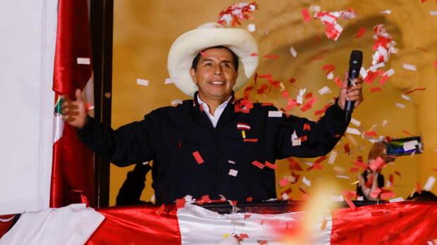 Президент Боливии поздравил Кастильо с победой на выборах в Перу
