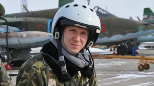 Россияне посвящают стихи памяти геройски погибшего в Сирии летчика