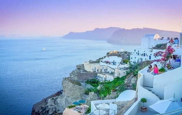 Греция официально открыла туристический сезон: какие требования остались для туристов