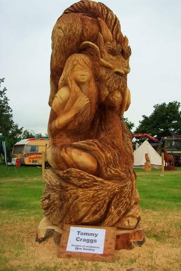 Скульптуры из пеньков от Томми Краггса
