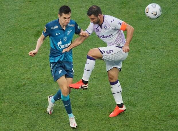 «Зенит» поделил очки с «Уфой» - Азмун не забил пенальти, Малком угодил и в штангу, и в перекладину