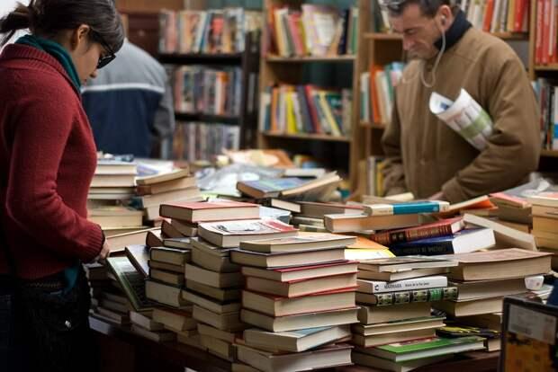 Запрет на ввоз книг из России привел к коллапсу на украинском рынке