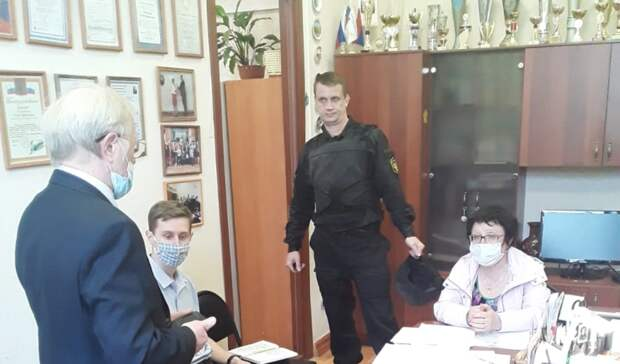 После трагедии в Казани в Петрозаводске проверяют все школы