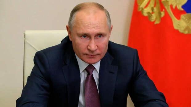 Путин: День Победы был, есть и будет для России священным
