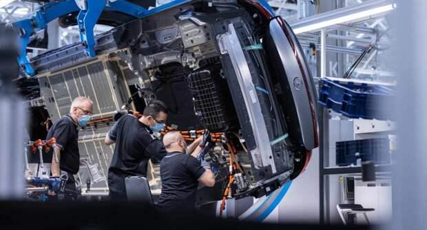 Daimler превзошел свои планы по переходу на электрокары