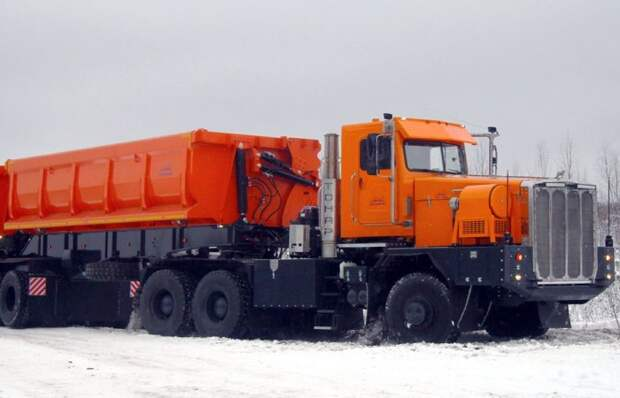 Русский богатырь: что представляет собой самый дорогой автомобиль России «Тонар-7502»