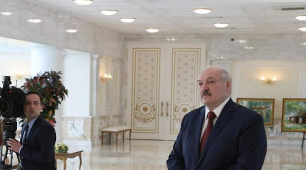 Президент Беларуси избрал 9 Мая для подписания того самого декрета о переходе власти