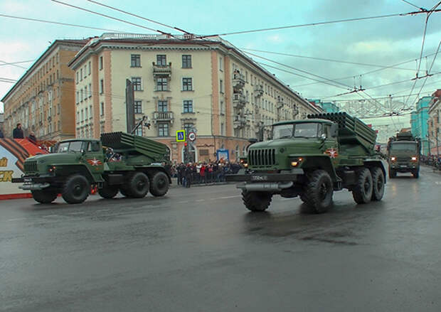 Военная техника морской пехоты Северного флота вернулась в пункт постоянной дислокации после участия в военном параде 9 мая