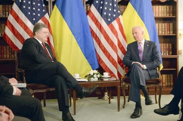 Петр Порошенко и Джо Байден. Фото:Andreas Gebert/dpa/www.globallookpress.com