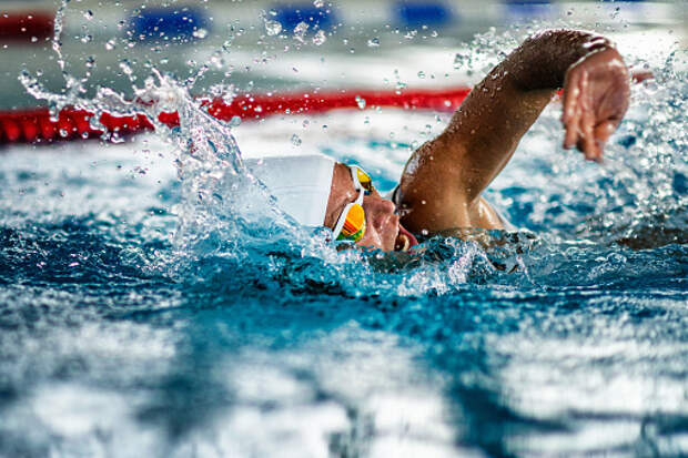 Спортсмены из Отрадного завоевали три медали в соревнованиях по плаванию