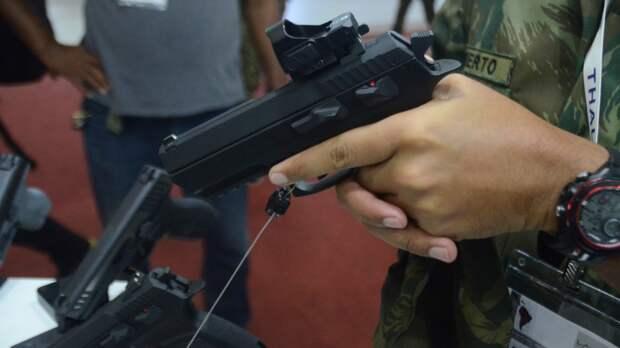 Палестинцы выкрали сотни единиц оружия со складов армии Израиля