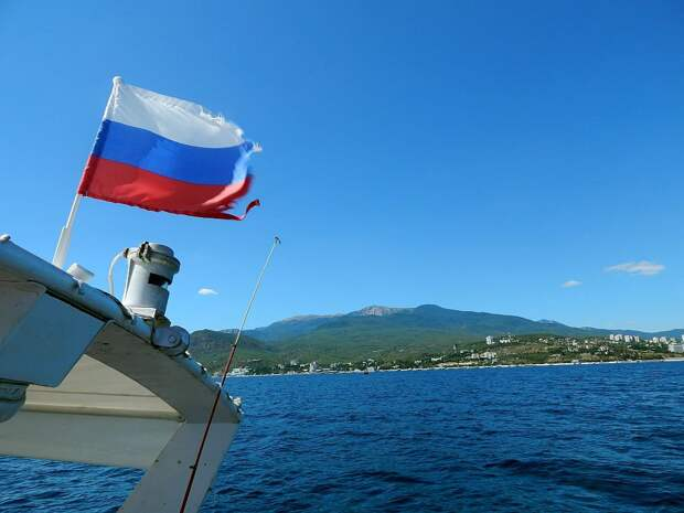 Для России оценили опасность полетов самолетов НАТО у Крыма
