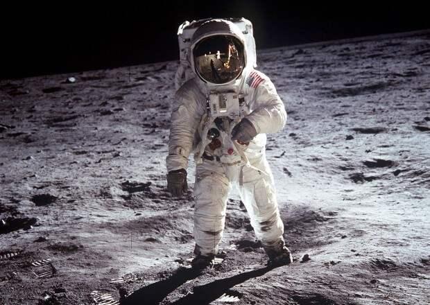 «Атомный удар по Луне»: зачем это было нужно США