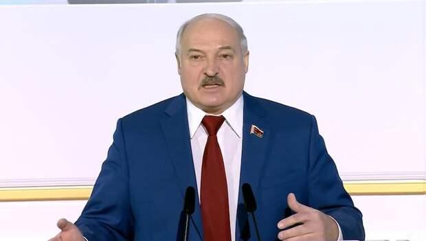 Белоруссия хочет отказаться от нейтралитета. В НАТО собралась?