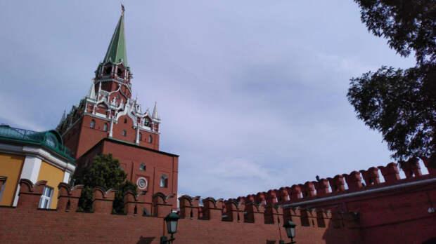 Двое сотрудников болгарского посольства объявлены персонами нон грата в РФ