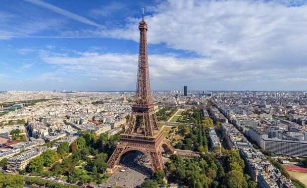 Власти Франции в панике: Их страну ждет беда, похуже терроризма