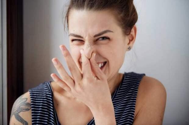 Как появляется неприятный запах изо рта и что с ним делать