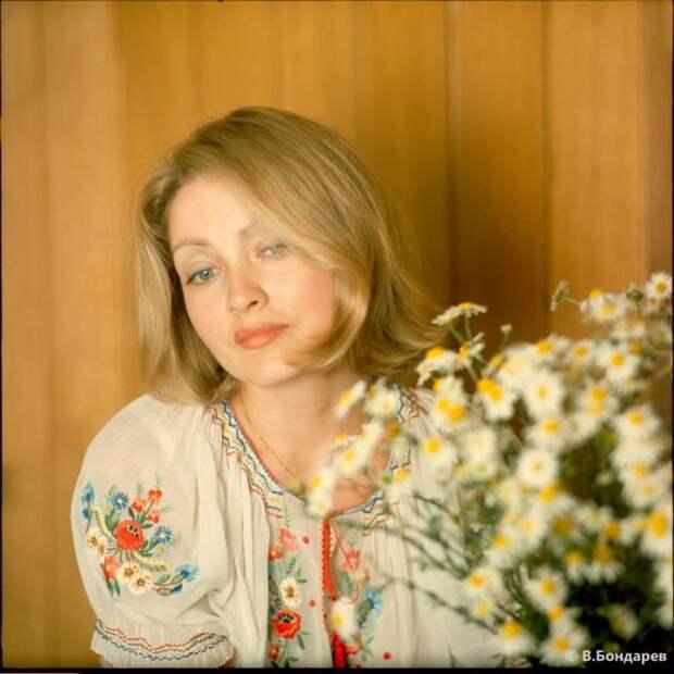 Одна из самых красивых актрис отечественного кино.