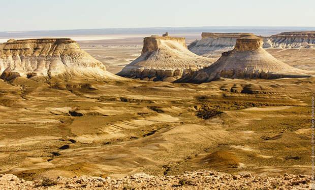 Плато Устюрт: Марсианские пейзажи на территории бывшего военного полигона