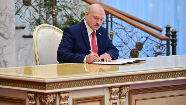 Лукашенко подписал декрет о передаче власти при гибели президента Белоруссии