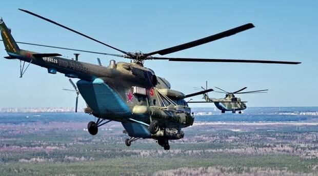 Вертолетный полк ЗВО поздравил ветеранов ВОВ с Днем Победы