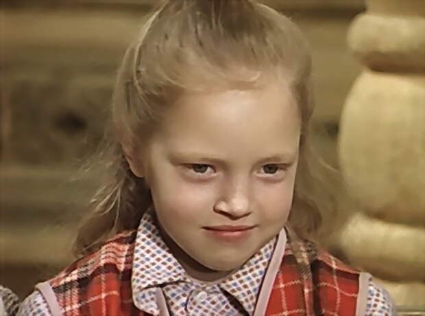 Красивые девочки из советского детства.