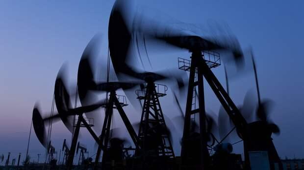 Падение биржевых индексов и цен на нефть: чего на рынке ждут от штамма «Дельта»