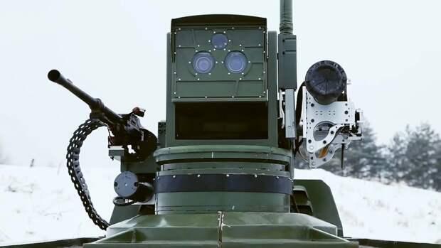 """Шойгу: Россия запустила в серийное производство """"фантастических"""" боевых роботов с ИИ"""