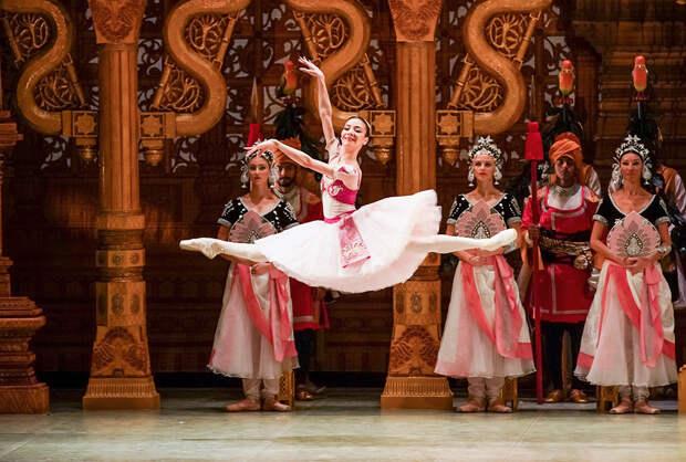 5 иностранцев, ставших сегодня звездами балета в России