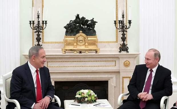 C Премьер-министром Израиля Биньямином Нетаньяху.