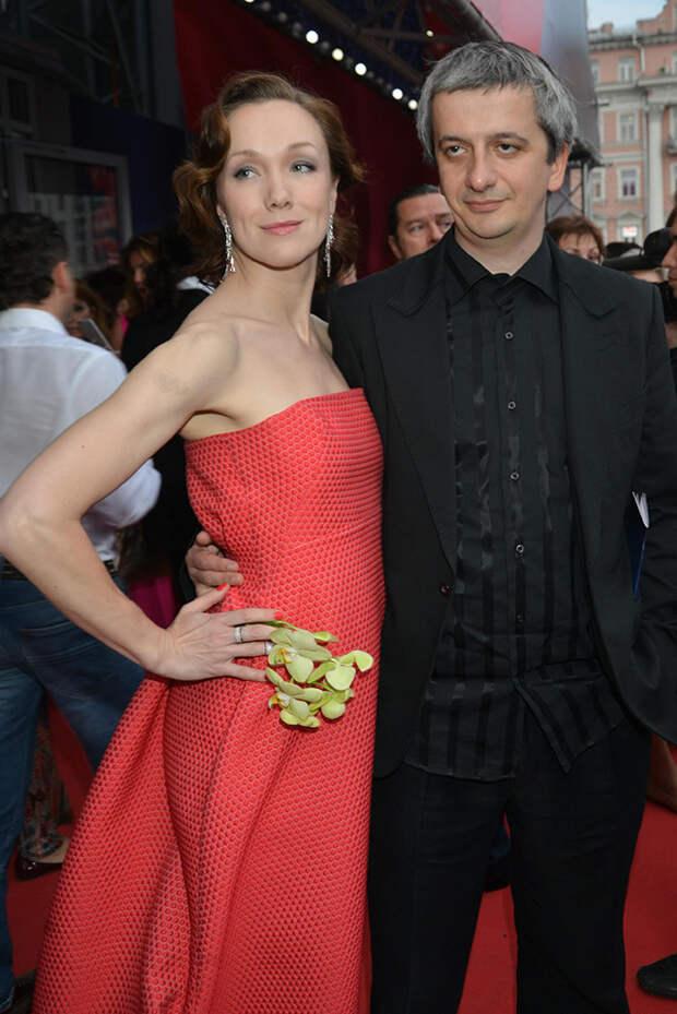 Женатый, карьерист: все мужчины 38-летней звезды «Содержанок» Дарьи Мороз