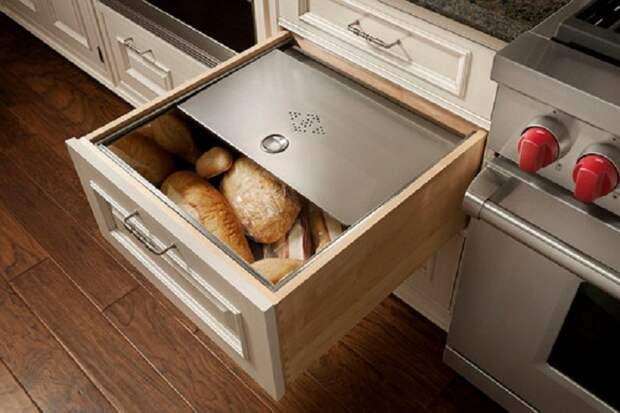 Один из лучших вариантов для хранения выпечки, что однозначно создаст оптимальный интерьер.