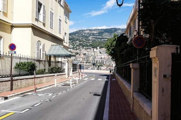 16 фото о том, как живут обычные люди в Монако