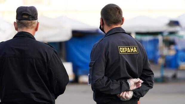 Власти Казани переложили на родителей заботу о дневной охране школ