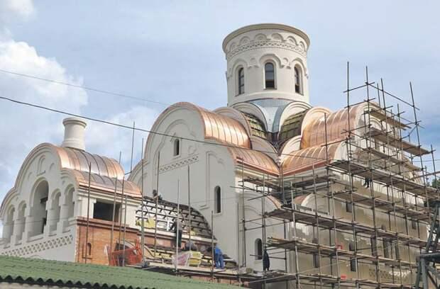 Белокаменный храм сможет вместить больше 500 прихожан/ Ярослав Чингаев