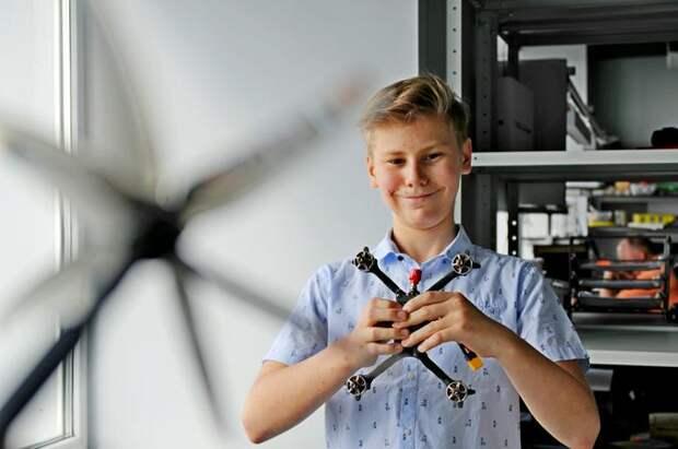 В Москве подросток изобрел уникальную систему управления беспилотниками