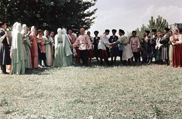 Традиционные танцы в Кабардино-Балкарии 50-е, СССР, история, моменты, повседневная жизнь, редкие фото, советский союз, фото