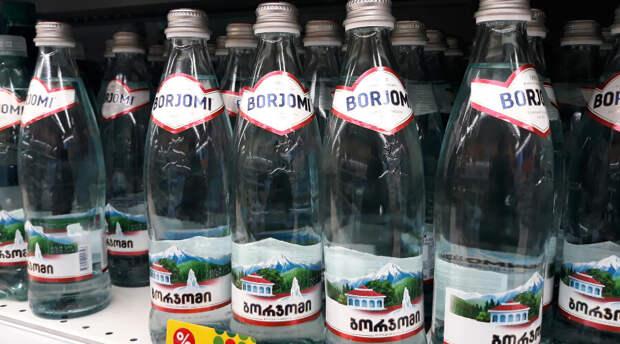 Поздно пить «Боржоми»: работники завода обиделись на низкие зарплаты и забаррикадировались