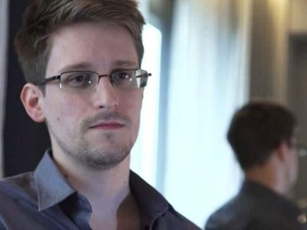 Эдвард Сноуден(2013) Фото:kaliningradfirst.ru