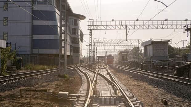 Пенсионер погиб под колесами поезда в Прикамье